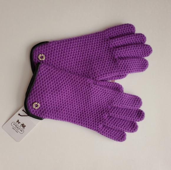 NWT Coach Women's Kint Gloves F83892